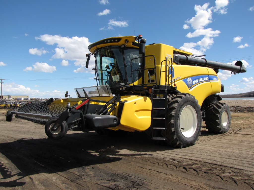Click to view full image [2018 NEW HOLLAND CR8.90]