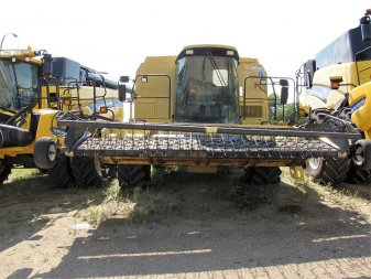 1997 NEW HOLLAND TX66