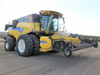 2015 NEW HOLLAND CR9.90E