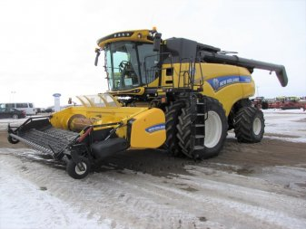 2015 NEW HOLLAND CR10.90E