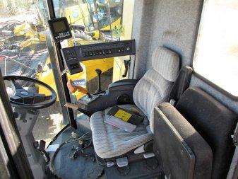 1997 NEW HOLLAND TX66 NO ENGINE - Image 3